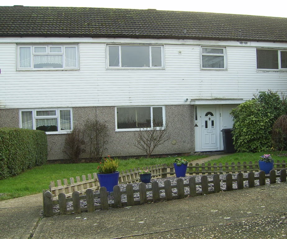 Dss Tenants Welcome A Lovely 4 Bed House With South Facing Garden The Online Letting Agents Ltd