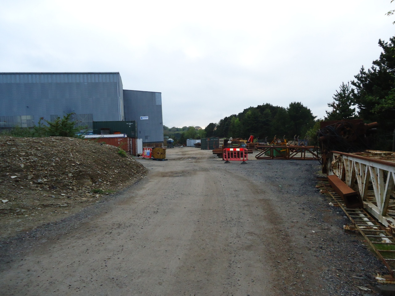 800 sq m Building with Adjacent 0.5 Acre Yard near Redruth ...