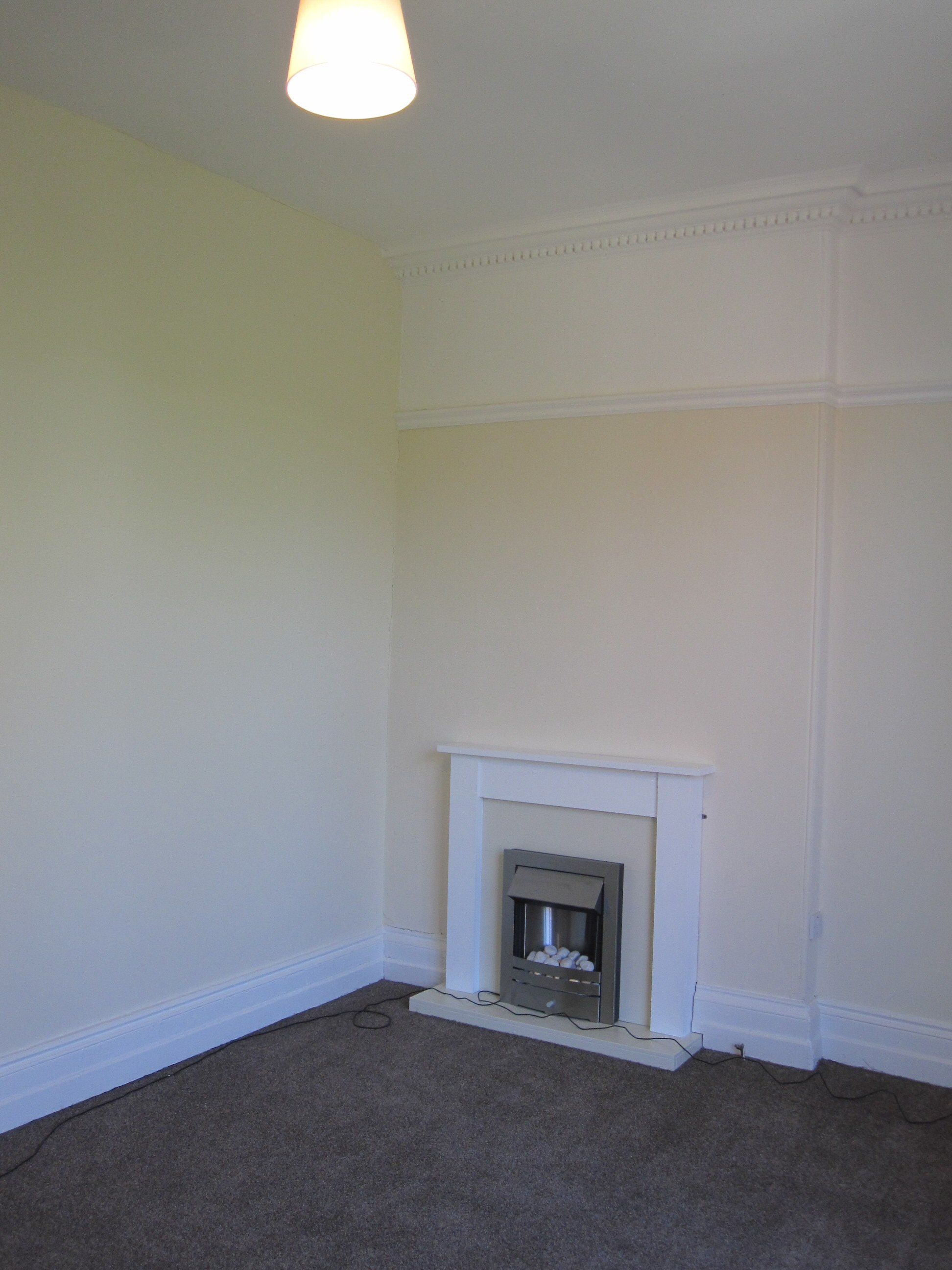 Beautifully refurbished one bedroom period flat to let in for Living room newcastle