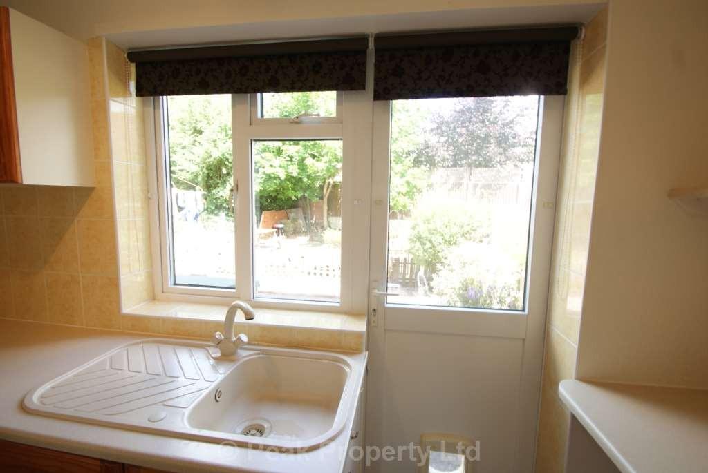 1 Bedroom Flat In Thundersley Benfleet The Online