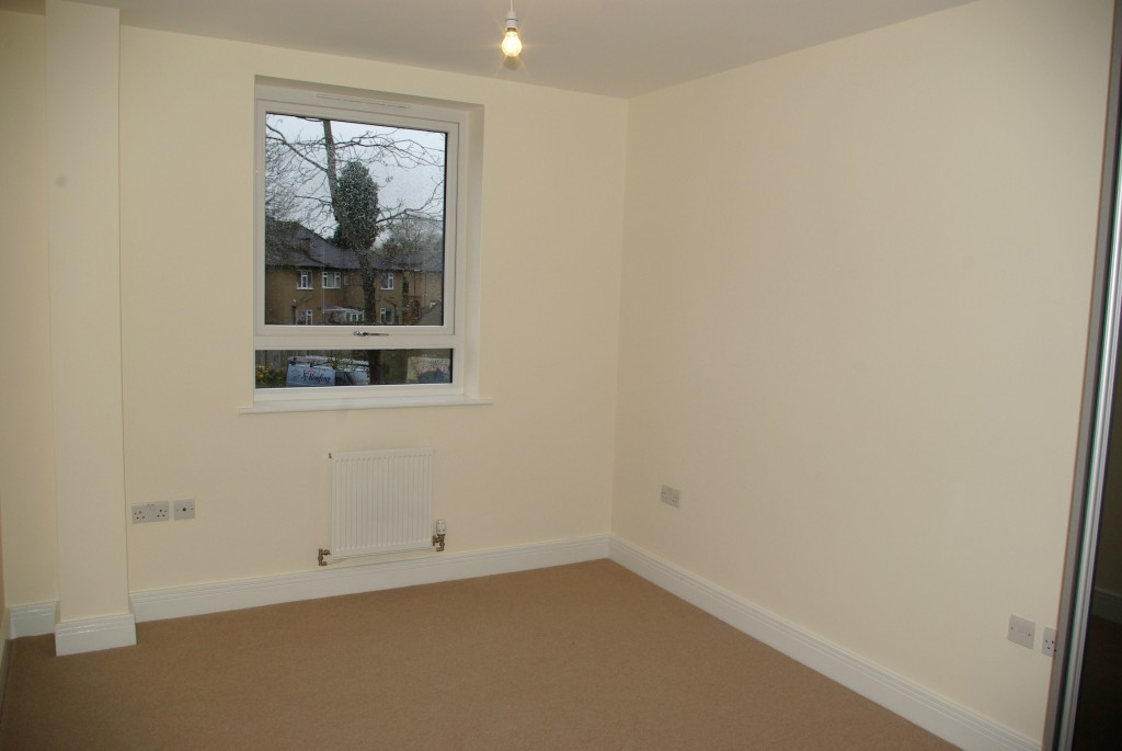 2 Bedroom Apartment At Riverside Place Pinner The Online Letting Agents Ltd