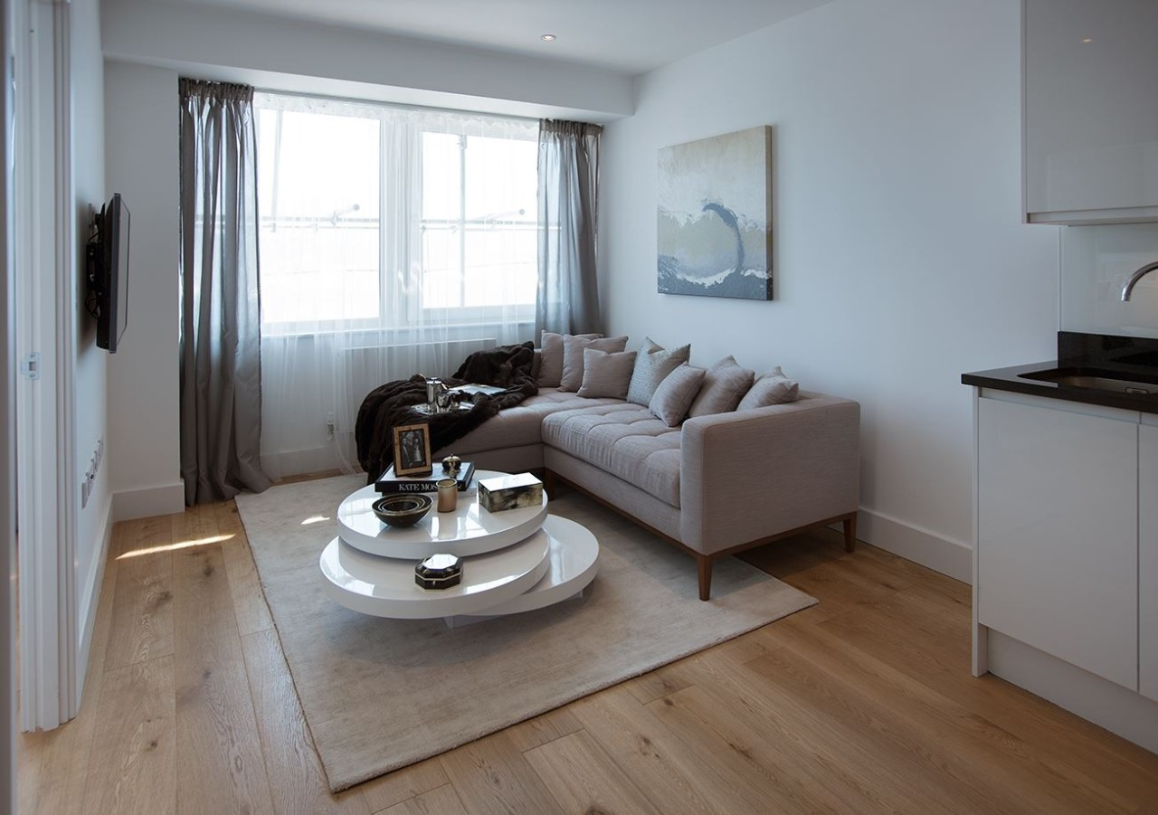 Gdh 1 bed living room the online letting agents ltd for Chantry flats cabins rental
