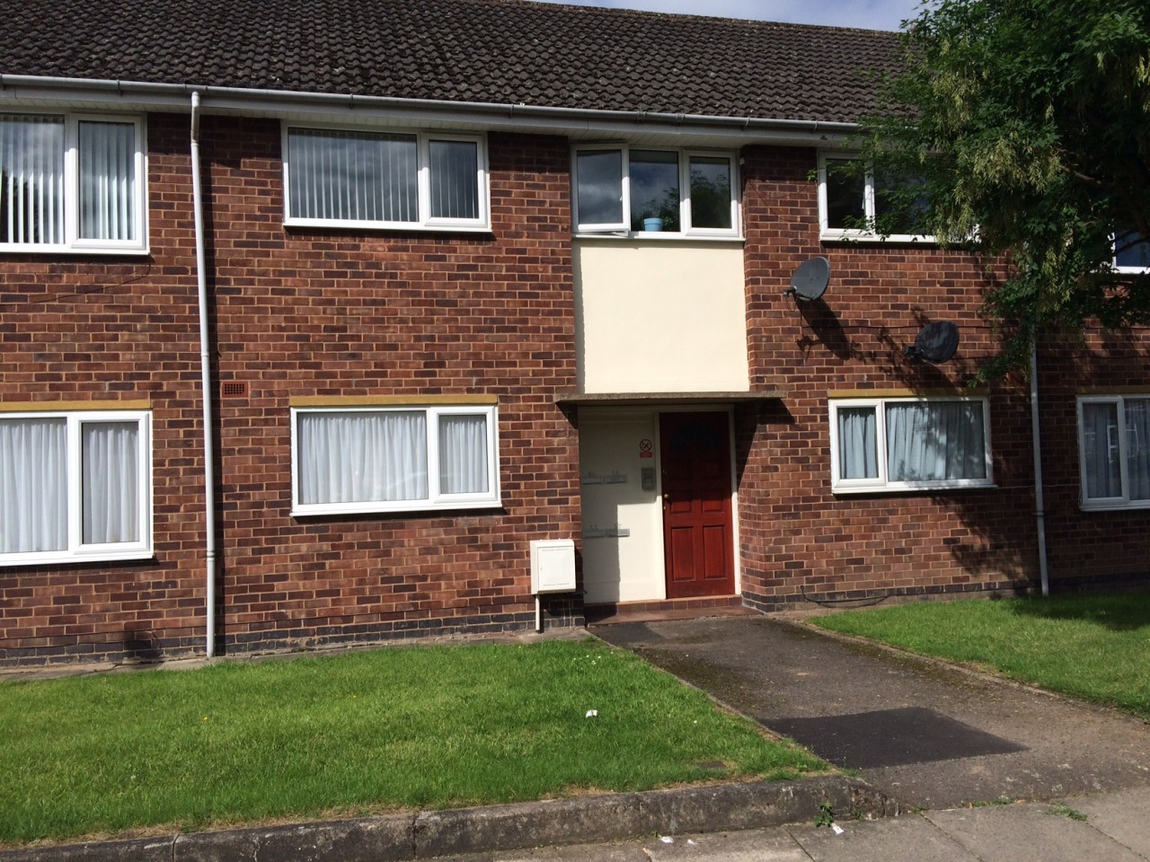 Spacious 2 Bedroom Flat To Rent In Coundon Coventry The Make Your Own Beautiful  HD Wallpapers, Images Over 1000+ [ralydesign.ml]