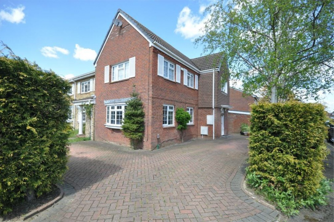 Property To Rent In Walton On Thames