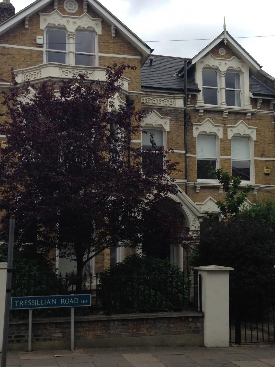 High Spec Recently Refurbished Victorian 1 Bedroom Flat In Brockley  Zone 2