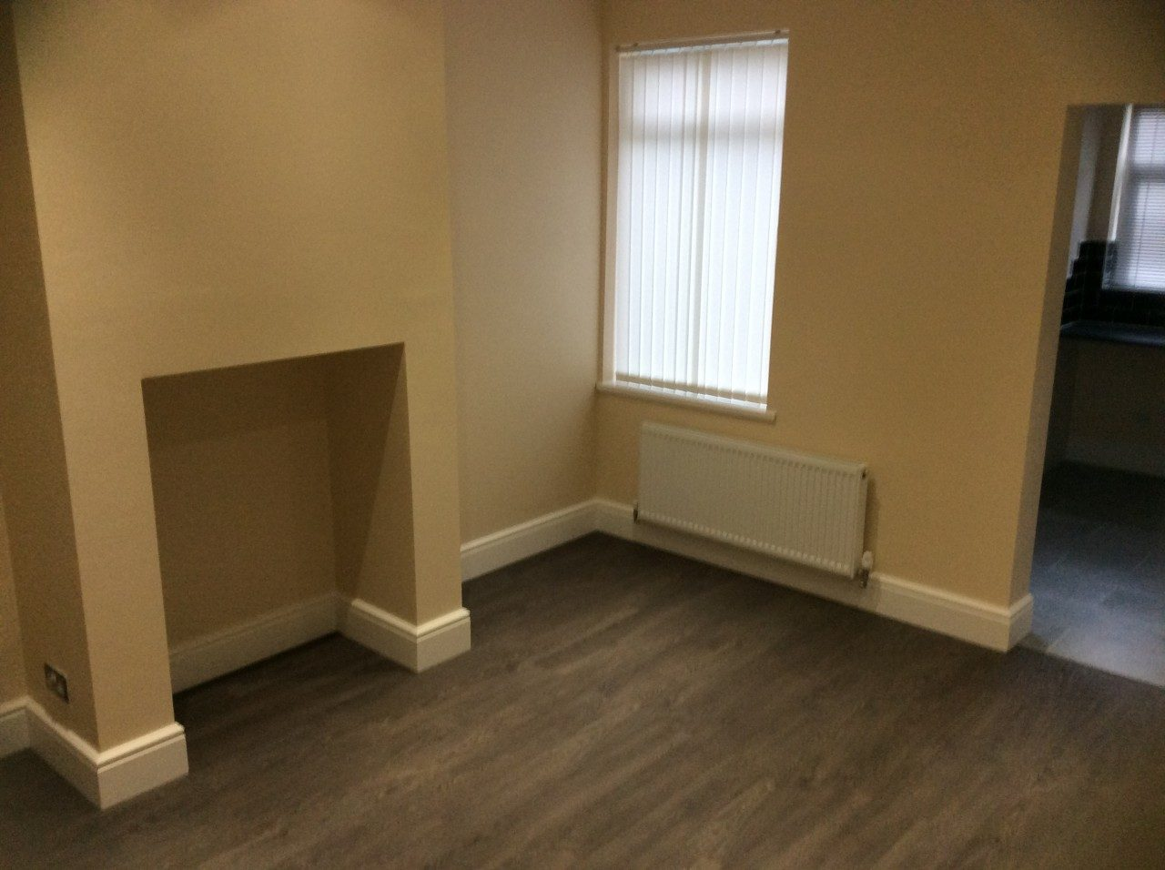 Fully Refurbished 3 Double Bedroom Family House In Wath Up