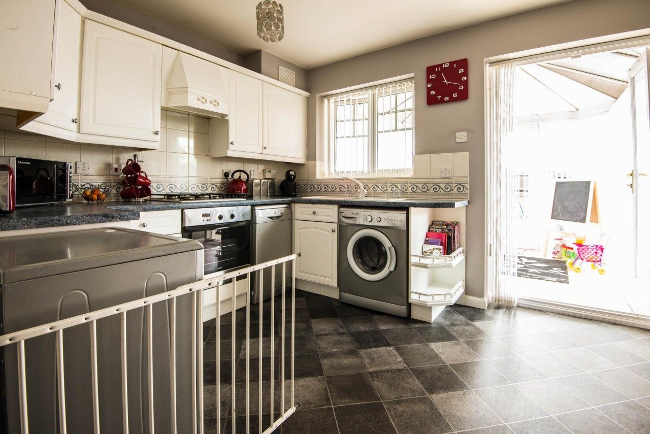 Superb Two Bed Semi To Rent In Kirkby Liverpool The