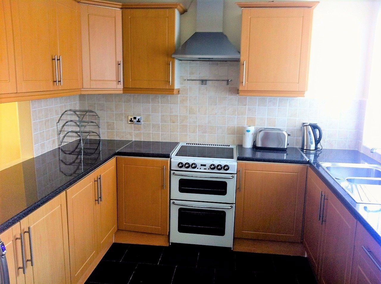 Spacious Room In A Luxury 4 Bed House In Swinton Salford