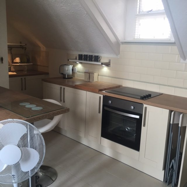 Studio Apartment To Rent In Southend-on-Sea