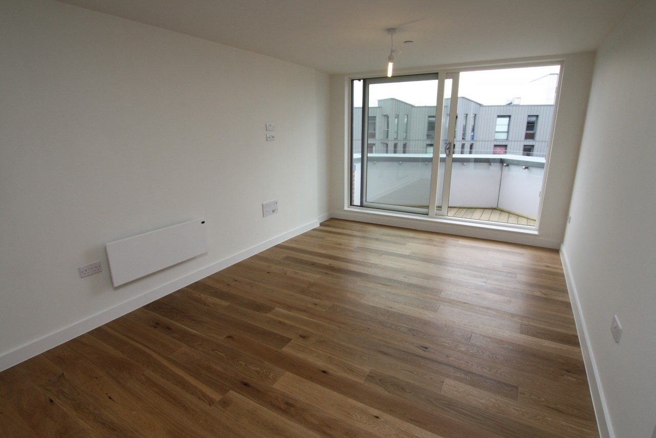 Stunning New Penthouse Apartment with Balcony and Parking ...