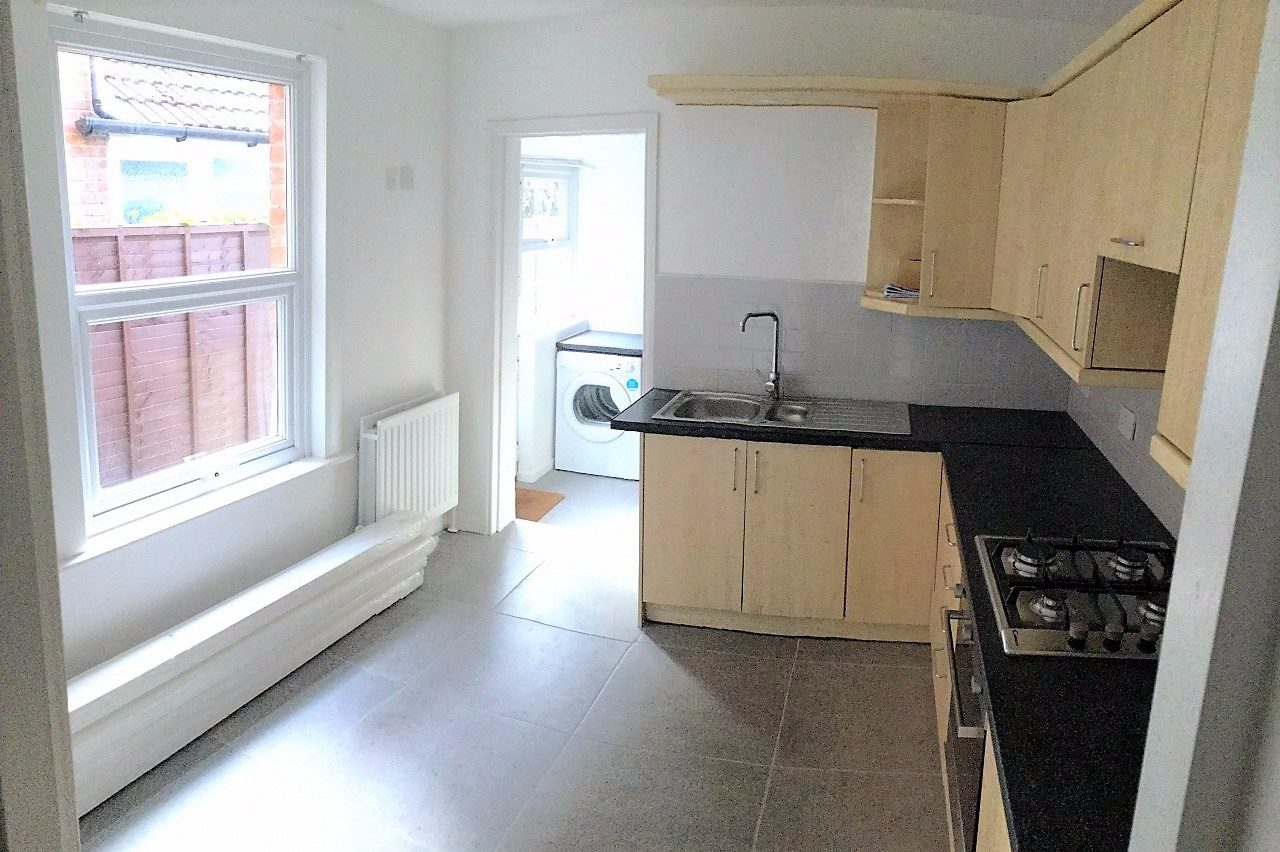 4 Bed Refurbished Victorian Terrace House To Let St