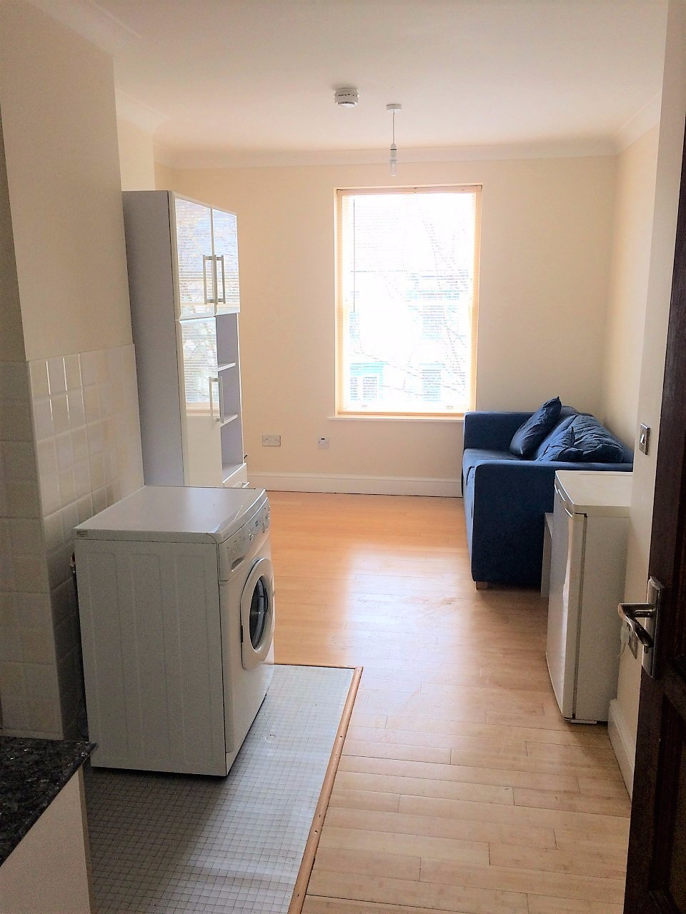 Top Floor Studio Apartment To Let In Hartlepool The
