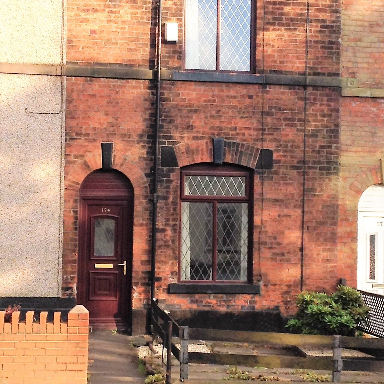 Find Rental Homes Online: 2 Bed Mid Terrace To Rent In Bury