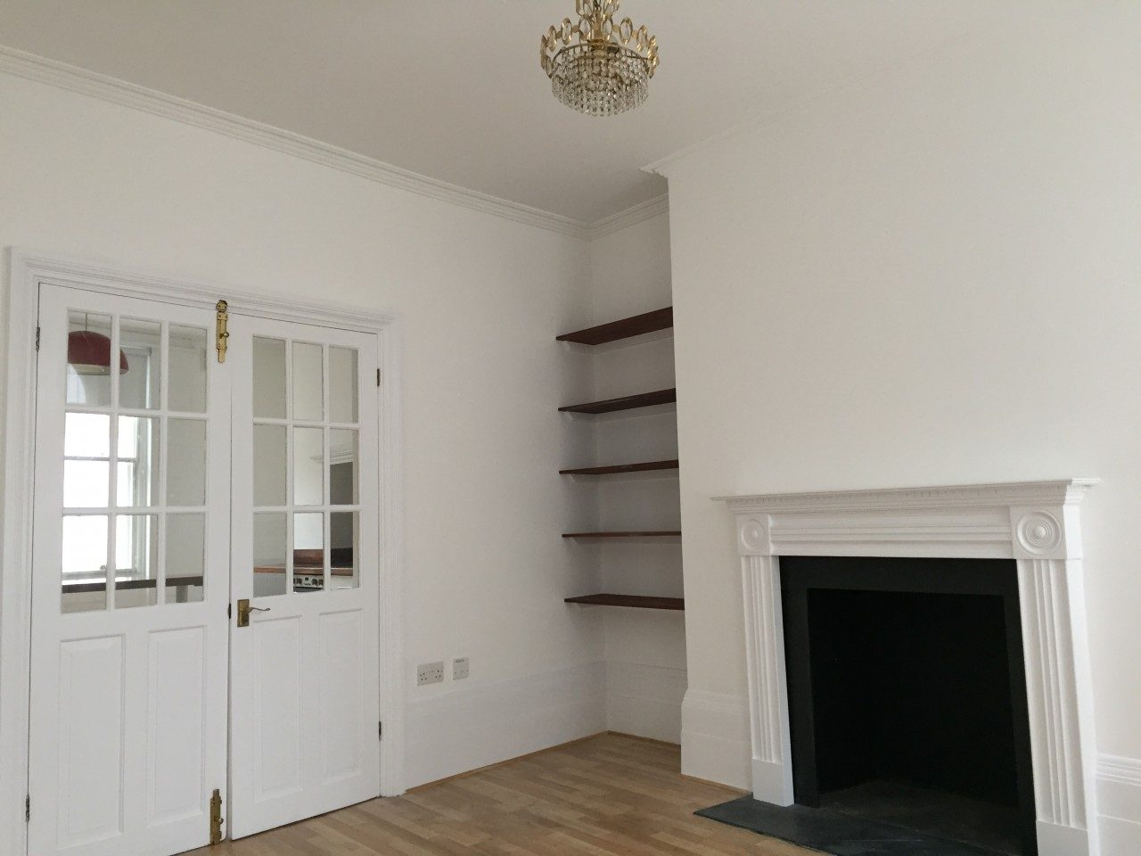 2 Bedroom Split Level Flat To Let In E8 Great Location