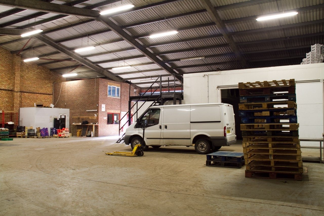 Large Industrial Unit To Let In Wisbech Centre The