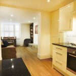 Beautiful Two Double Bedroom Apartment with Private Parking in Stoke Newington