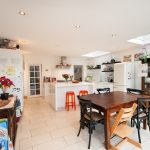 Bright Spacious 4 Bedroom Family Home To Let in Queen's Park's Finest Area