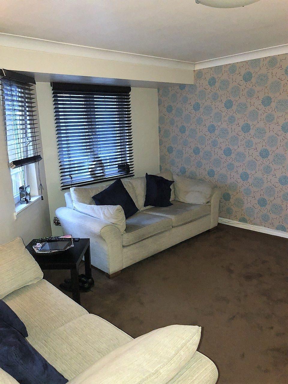 2 Bedroom Suites In Savannah Ga: Modern 2 Bedroom Top Floor Apartment With En-Suite