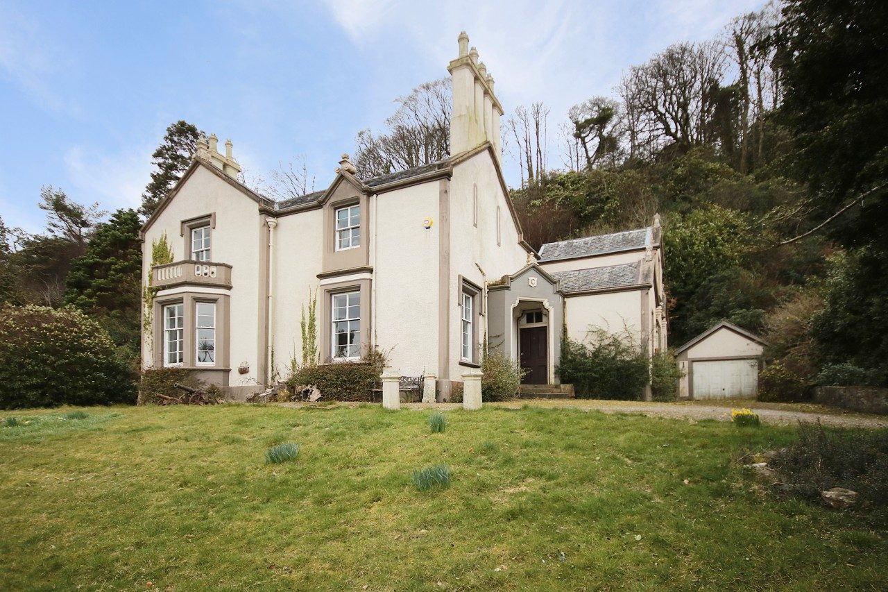 Distinctive Period Detached House To Rent In Rothesay