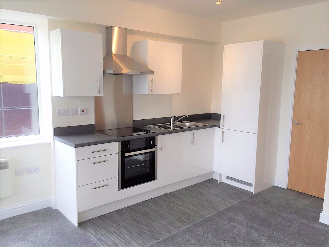 Brand New Studio Apartment To Let In The Heart Of Swindon