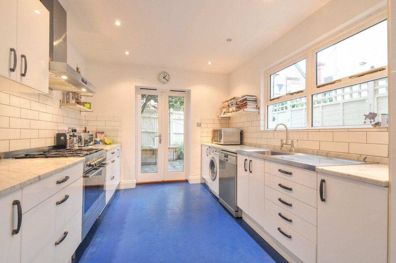 3 Double Bedroom Terrace House To Let In Tunbridge Wells