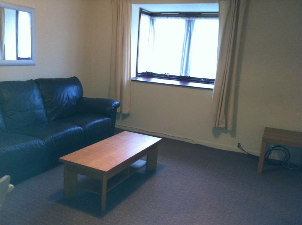 1 Bed Ground Floor Flat Romford Essex The Online