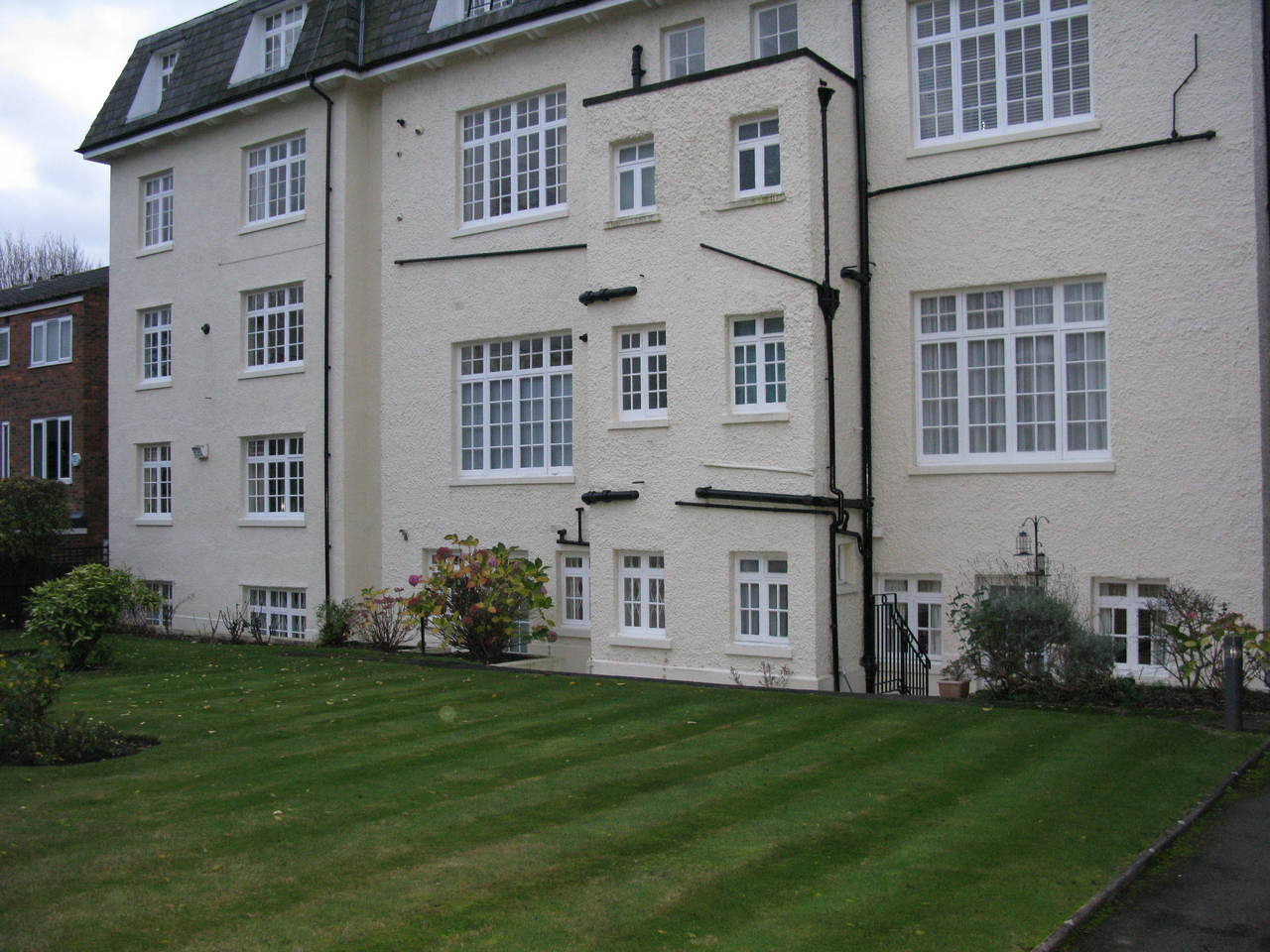 Wimbledon Village 900 Square Feet 2 Bed Duplex Apartment With Garage The Online Letting